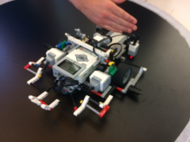 """A Sumo Robot Battle Royal: """"Is artificial intelligence discovered or"""